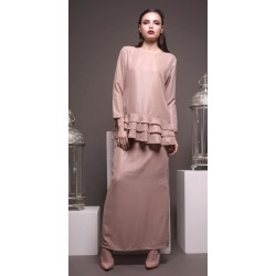 NURA ruffle bottom top modern kurung in Nude