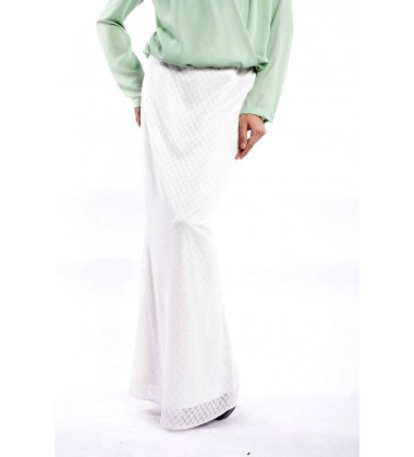Alyn Stretch Laced Straight Cut Skirt in White