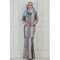 MIRIAM Pleated Metallic Kurung Moden
