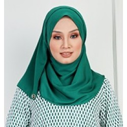 Saliha Silky Scarf in Green