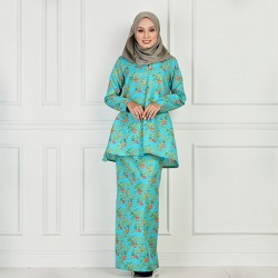 LAMIRA Batik Cotton Printed Kurung in Green
