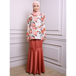 FARIA floral and plain baju kurung