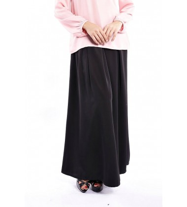 JASMINE  pleated matte silk skirt in Black