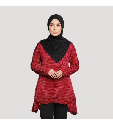 LYLA Soft Pleated Top in Red