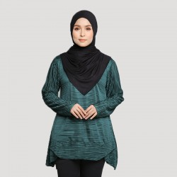 LYLA Soft Pleated Top in Green