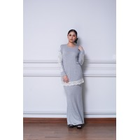 CELYN Jersey Kurung With White Lace in Grey