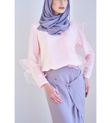 LULU Frilly Top in Pink