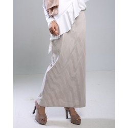 KAYLILA Straight Cut Skirt in Brown