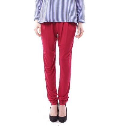 ZEHNA slouchy pants in Crimson Red