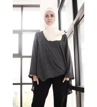 RIQA Printed Flowy Top in Black