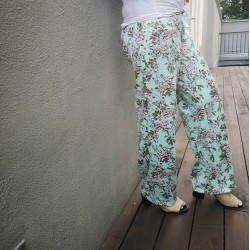 Harper Floral Pants in Green