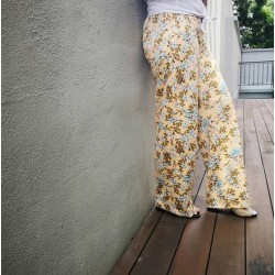 Harper Floral Pants in Yellow