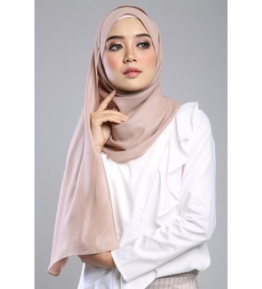 SALMA metalic chiffon shawl in Soft Sand